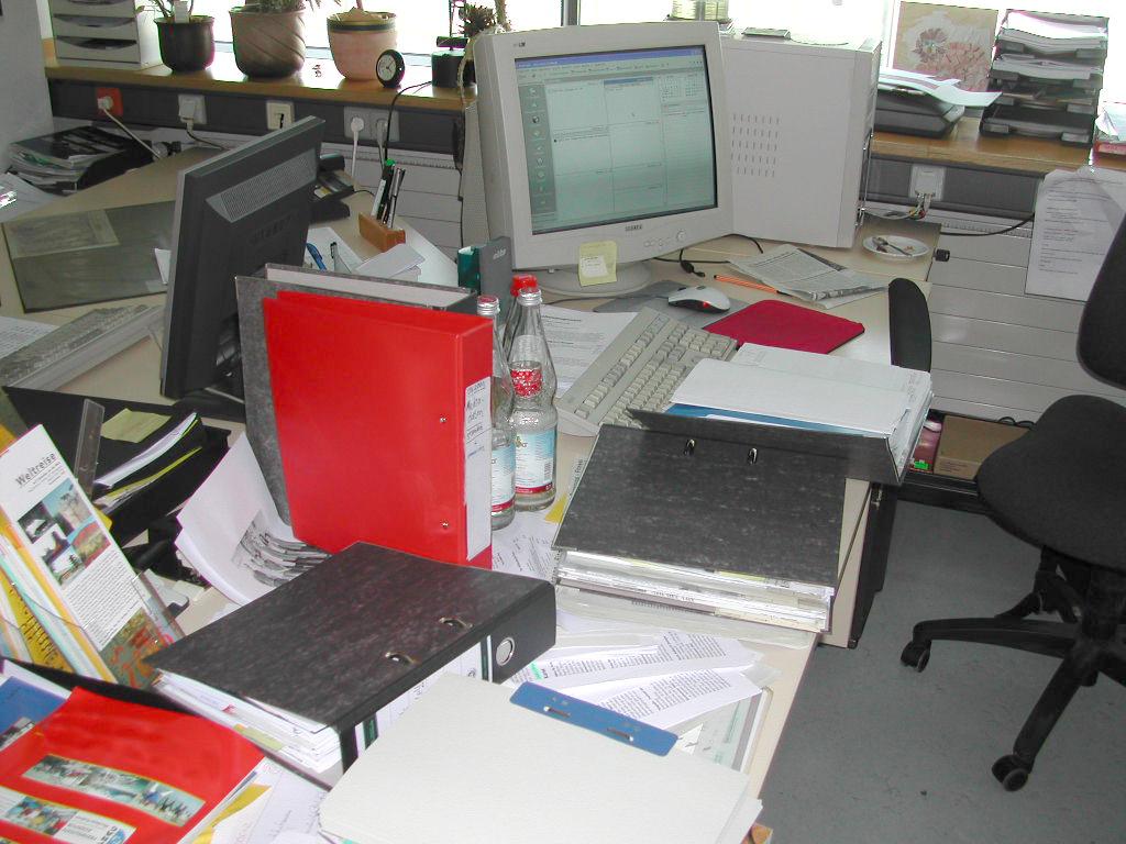 Aktiv urlaub als totaler ausgleich zu job und alltagurlaub for Schreibtisch chaos